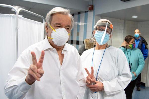 Guterres denuncia 'falta de solidaridad y desigualdad' en distribución de vacunas contra la Covid-19
