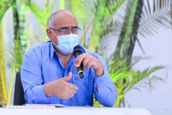 Alvarado: Estamos estudiando si el sector privado cumple requisitos para importar vacunas
