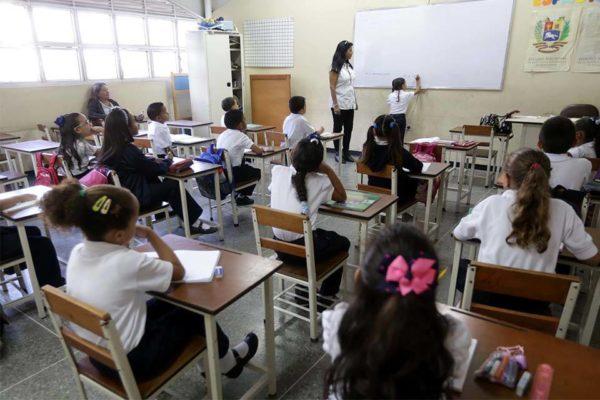 Índice de escolaridad en Venezuela se ubica en 93%, dijo Nicolás Maduro