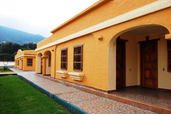 Hotel Venetur Mérida será gestionado por grupo empresarial liderado por expelotero Álex Cabrera