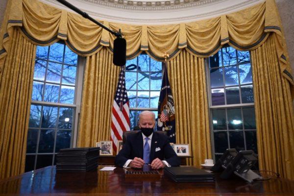 Firmazo de Biden regresa a EEUU a la OMS y a la lucha contra cambio climático