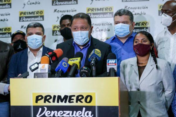 Opositor Brito anuncia interpelación de Guaidó y otros excompañeros por 'delincuencia organizada'