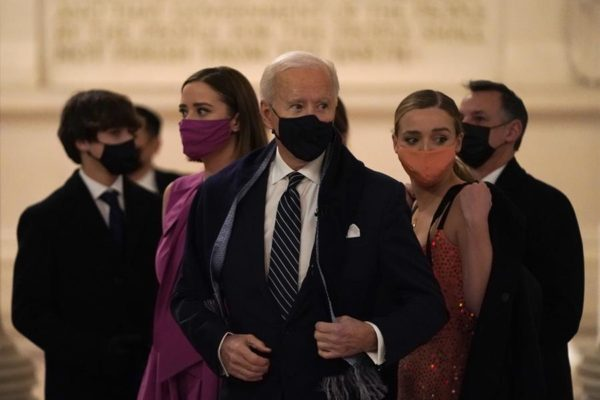 Joe Biden promete marcarle claras ´líneas rojas´ a Vladimir Putin