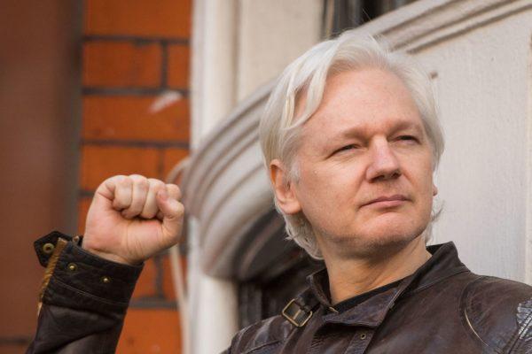 Justicia británica rechaza la extradición de Julian Assange a Estados Unidos