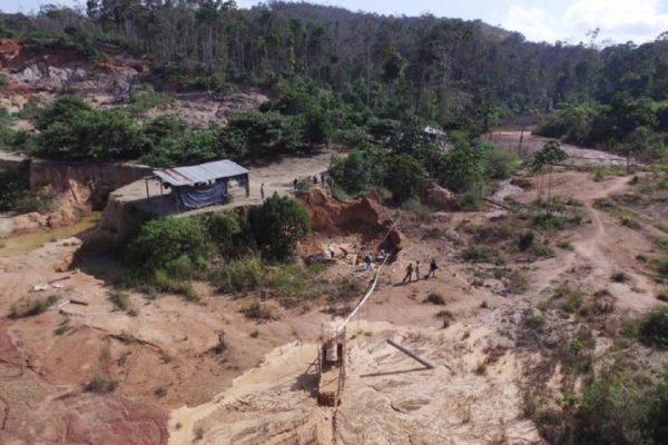Minería ilegal 'es uno de los principales impulsores' de la malaria en Venezuela