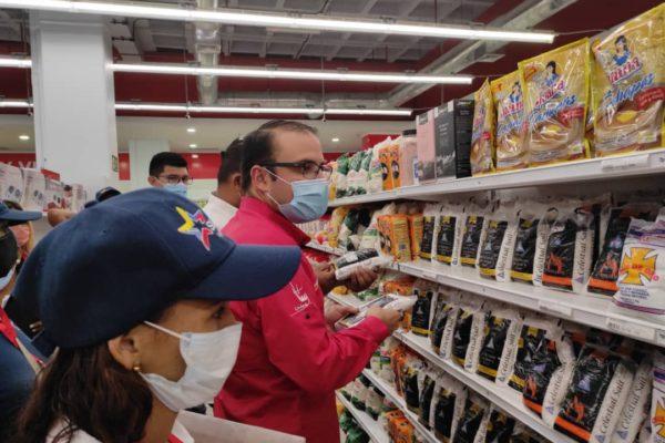 Sundde fiscalizó más de 800 comercios de los sectores alimentación y farmacéuticos