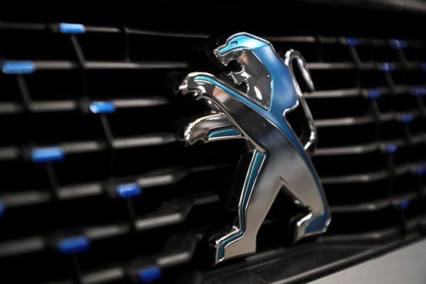 Nace el grupo automovilístico Stellantis, la fusión entre las fabricantes Peugeot y Fiat