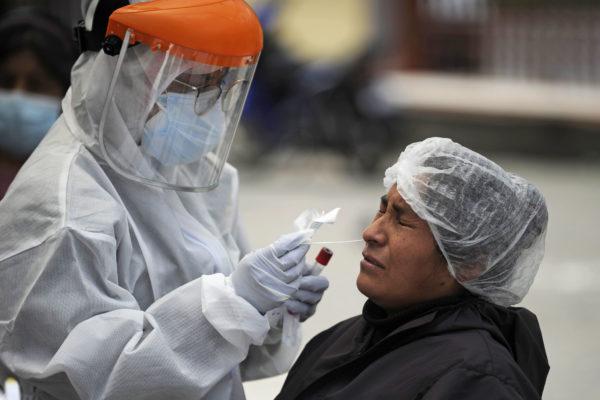 Julio Castro: 75% de los recuperados por COVID-19 pueden recontagiarse