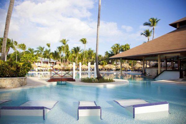 Multan con US$67.700 al Hotel Palladium en Dominicana por fiesta masiva pese al COVID-19