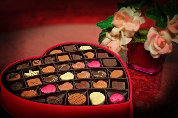 #14Feb San Valentín: Los precios de los chocolates y una noche romántica en un hotel