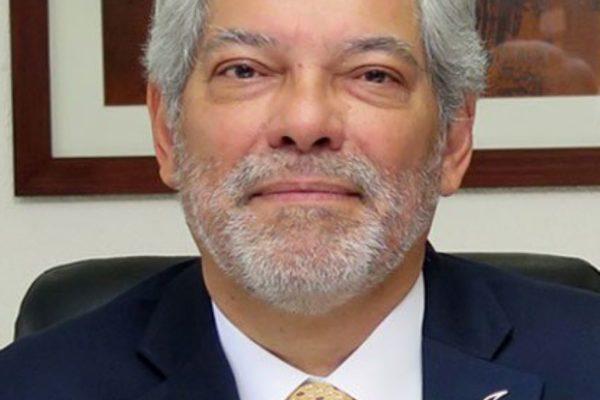 Héctor Rodríguez Albornoz asume presidencia de VenAmCham en un período complejo