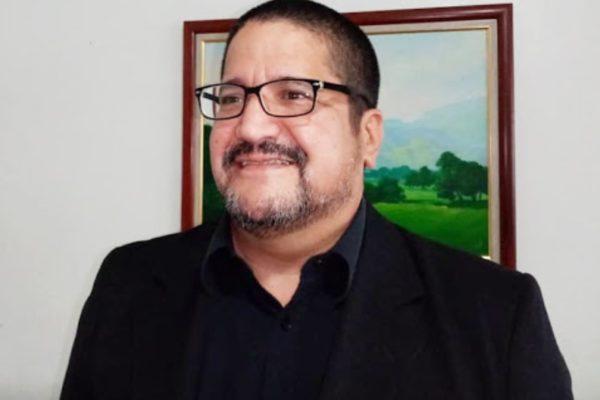 Economista Luis Crespo explica por qué modelo de economía digital puede ser un método de exclusión social