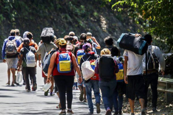 78% de los migrantes venezolanos padece la pandemia del desalojo en América Latina