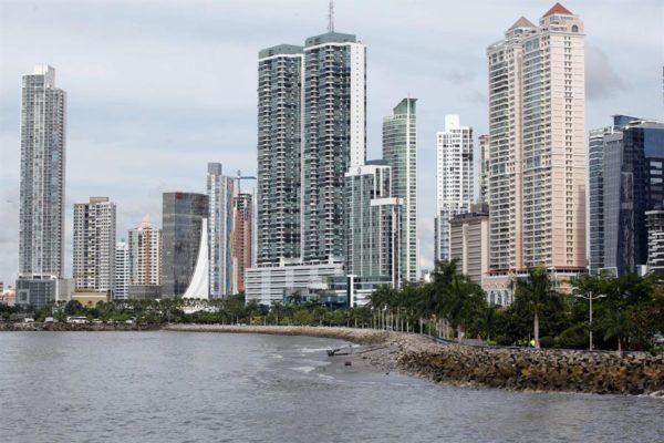 Hoteleros rechazan cuarentena impuesta en Panamá a pasajeros de Suramérica