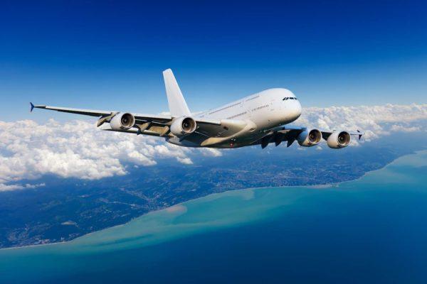 Precio de los aviones podría caer aún más si la recuperación económica se retrasa