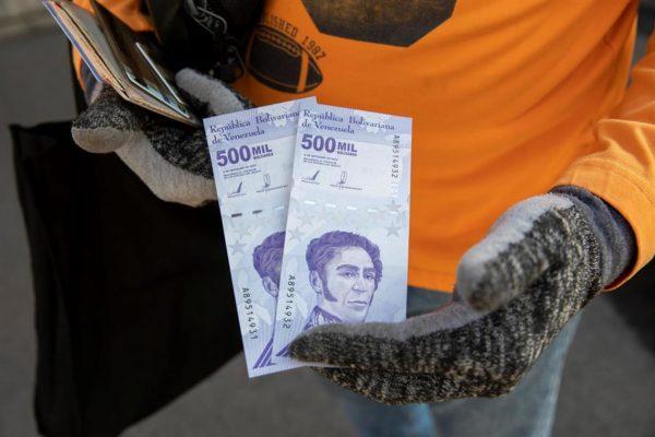 En Venezuela circulan casi Bs.1.000 billones que se han devaluado 96,08% en el año de pandemia