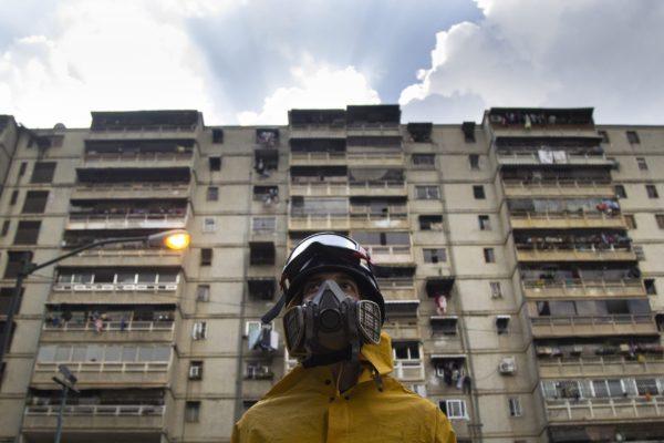 Venezuela supera 3.000 muertes por covid-19 y llegó un número récord de casos ´importados´