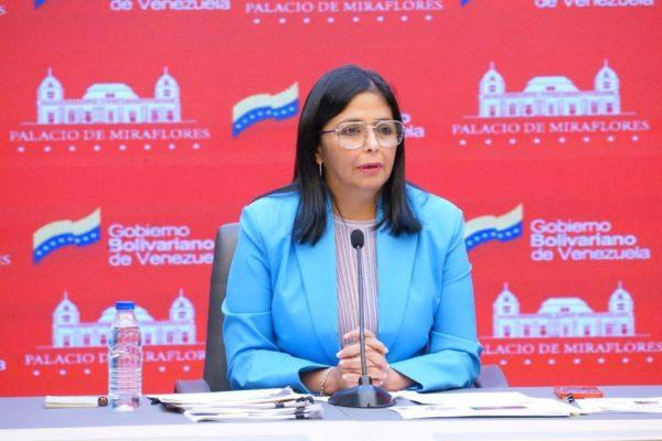 Gobierno reitera que no recibirá vacunas de AstraZeneca y ordena investigación contra Guaidó