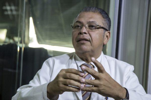 Huniades Urbina: No se ha hecho la vacunación de manera adecuada