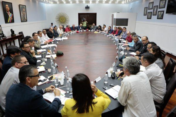 Paquetazo Legal: Estas son las 34 leyes que Maduro decidió apoyar