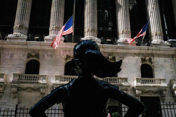 Wall Street cerró en verde impulsado por el sector tecnológico