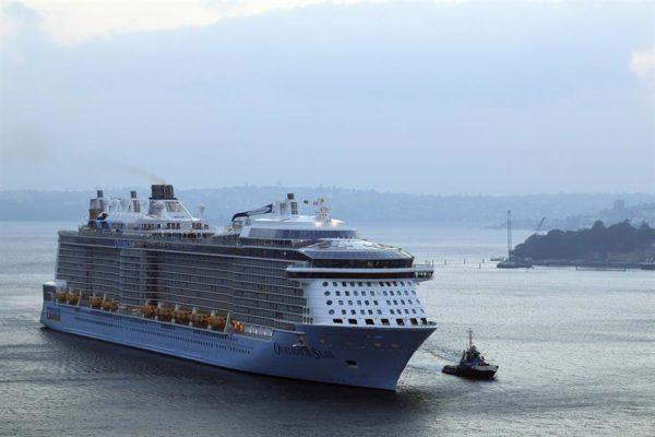 Royal Caribbean aplaza a junio la reanudación de la mayoría de sus cruceros