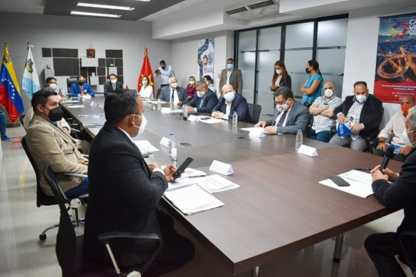 Delegación de Vietnam evalúa proyectos e inversiones con empresas en Venezuela
