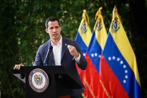 Guaidó: Queda en manos de Covax decidir si hay otra vacuna que pueda enviar al país