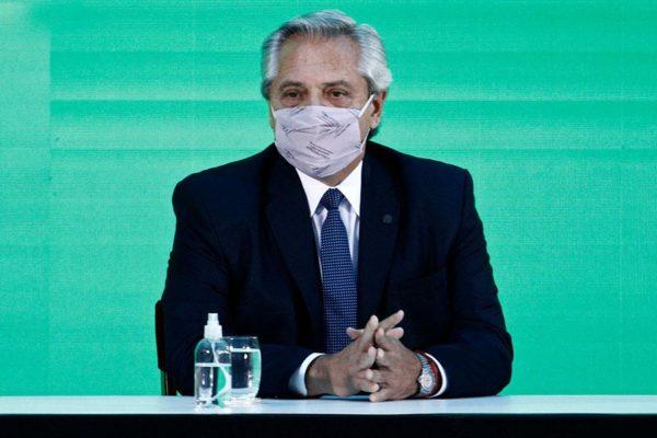 Se confirma contagio por COVID-19 del presidente argentino, pese a estar vacunado
