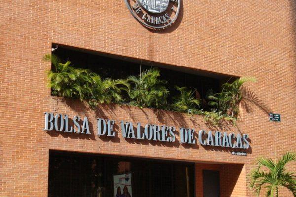 Con rendimiento acumulado de más de 300% la Bolsa de Caracas está ganando el pulso al dólar (+ cierre)
