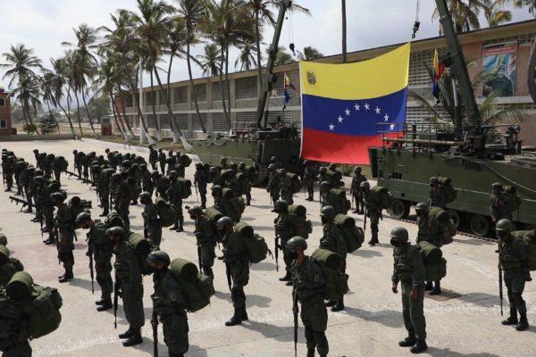 Gobierno envía a 160 infantes de marina a reforzar tropas en conflicto de Apure