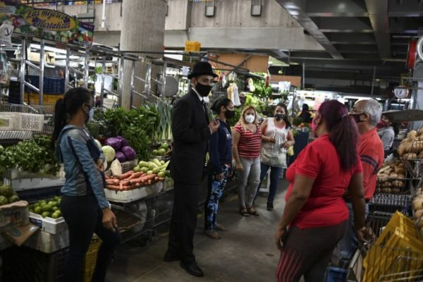 #Beatificación «Imagen viva» de José Gregorio Hernández invita a prevenir la covid-19 en Caracas