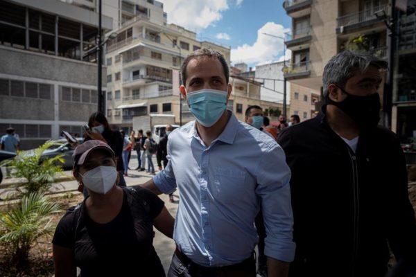 Guaidó participó en protesta para exigir plan de vacunación supervisado por organismos internacionales
