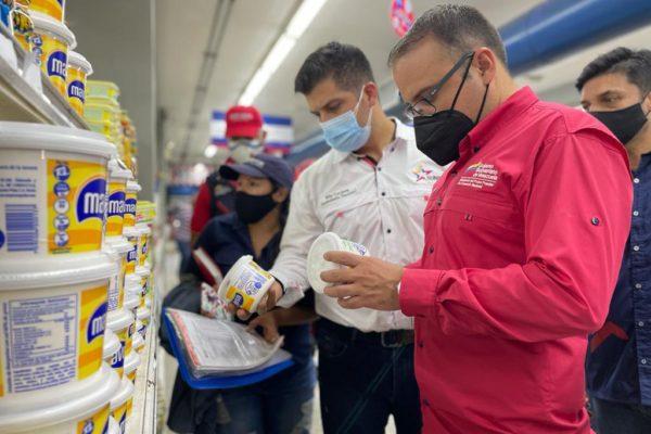 Ministerio de Comercio se desplegó en el Zulia y ajustó precios en supermercados