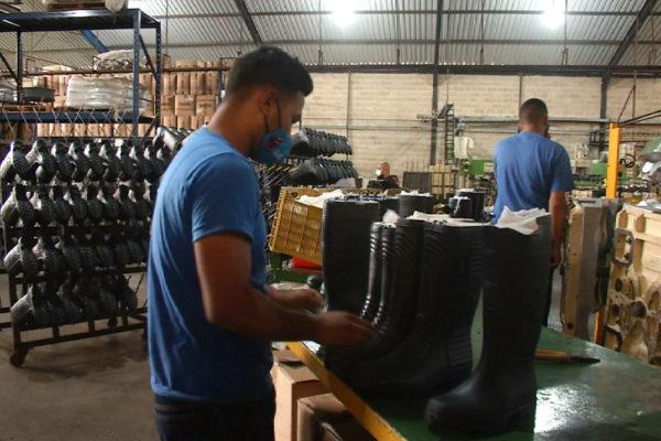 Anuncian recursos para la industria del calzado