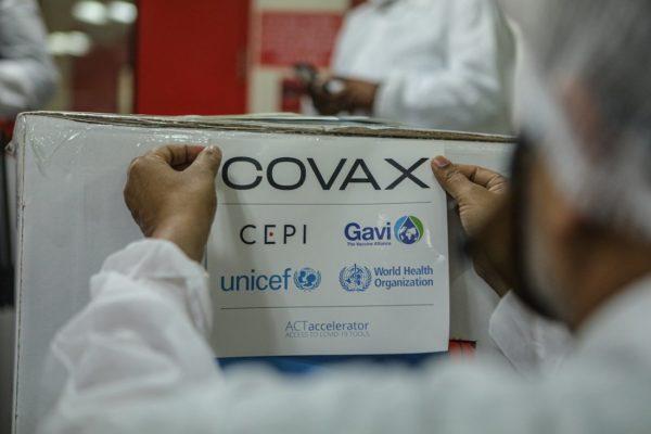 OPS: Venezuela recibirá vacunas de Sinopharm y Sinovac a través de Covax