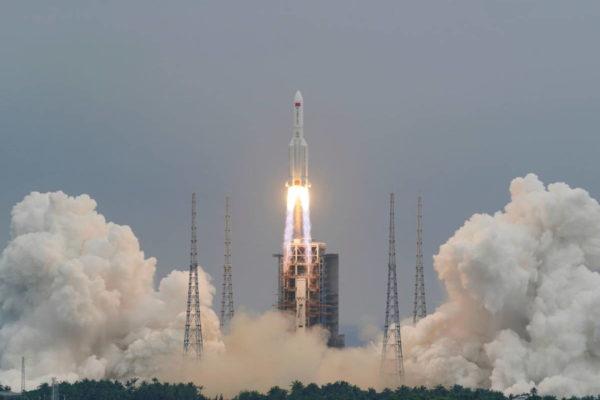 China sobre su cohete fuera de control: la probabilidad de causar daños es «extremadamente baja»