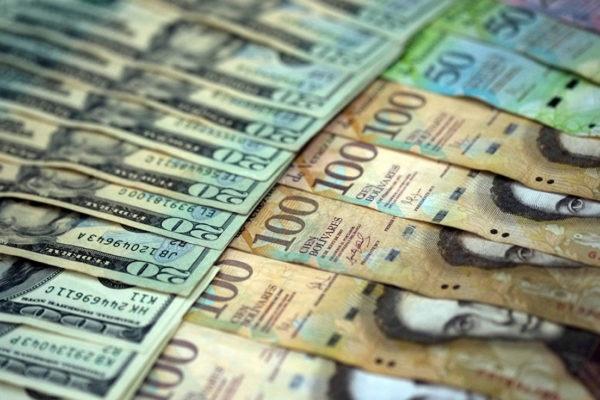 El impacto de la reconversión monetaria, el bolívar digital y la reimposición de aranceles, según Asdrúbal Oliveros
