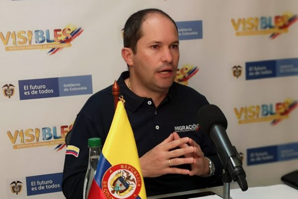 Colombia extiende por 10 años vigencia de pasaportes venezolanos vencidos
