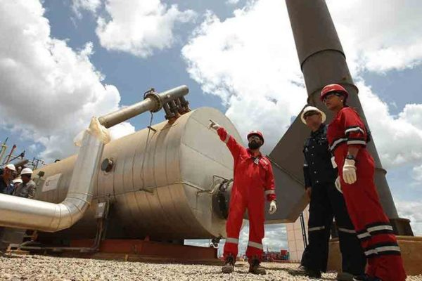PDVSA reinició mezcla de crudo en Sinovensa tras corte de suministro de gas