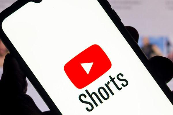 YouTube pagará US$100 millones a creadores de contenidos para competir con TikTok