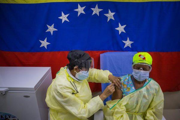 Venezuela suma 1.178 contagios de COVID-19 y llega a 221.042 casos