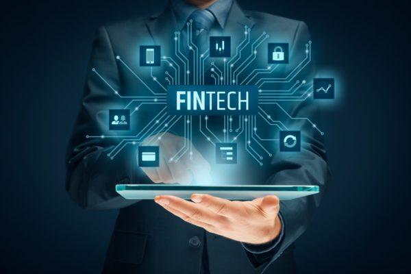 #Escenarios2021 | Mier y Terán: La banca debe modernizarse ante crecimiento del sector Fintech