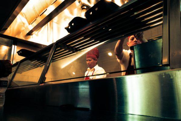 Dark Kitchens: restaurantes virtuales toman fuerza en el negocio gastronómico venezolano