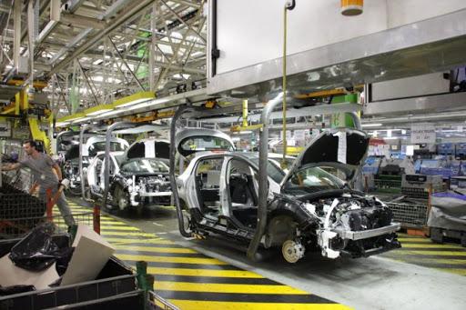 Industria automotriz necesita inversión para activar líneas de ensamblaje