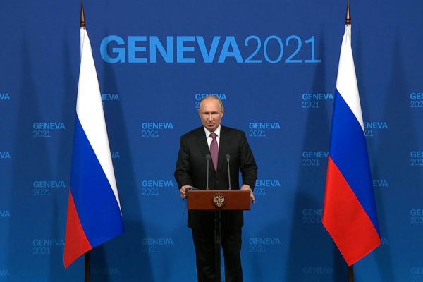 Vladimir Putin califica de 'constructiva' su primera cumbre con Biden