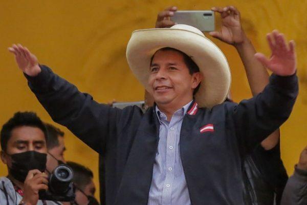 Se acelera la cuenta regresiva para proclamación de Castillo como presidente de Perú