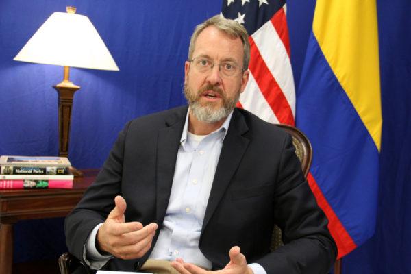 Embajador Story desmiente que EEUU niegue donación de vacunas a Venezuela