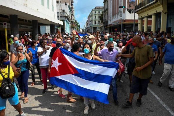 EEUU pide derecho a la protesta y Rusia alerta contra injerencia | En Cuba también se acabó el miedo