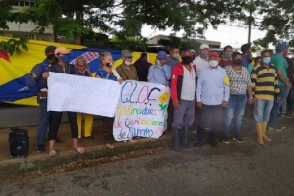 Tribunal absolvió a dirigente acusada por productores agrarios de propiciar invasiones en Barinas